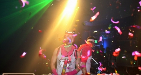 131109_winter_dance_festival_muetze_katze_dj_team_009