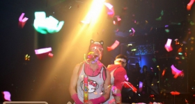 131109_winter_dance_festival_muetze_katze_dj_team_010