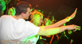 131109_winter_dance_festival_muetze_katze_dj_team_017