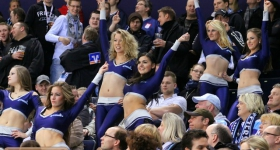 140117_hamburg_freezers_ice_girls_012