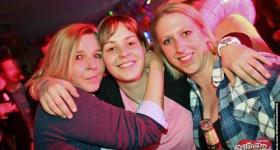 140301_cafe_seeterrassen_schlagersahne_030