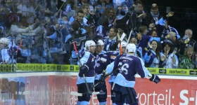 140316_hamburg_freezers_iserlohn_playoffs_007