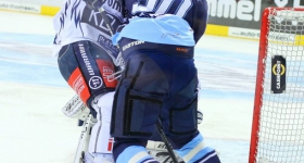 140316_hamburg_freezers_iserlohn_playoffs_038
