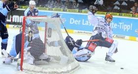 140326_hamburg_freezers_iserlohn_playoffs_041