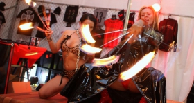 140704_hamburg_harley_days_dollhouse_025