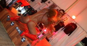 140704_hamburg_harley_days_dollhouse_050