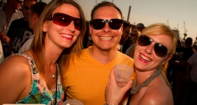 150822_sunset_boat_party_010