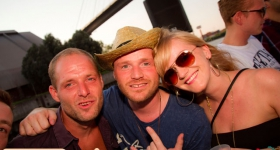 150822_sunset_boat_party_017