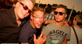 150822_sunset_boat_party_042