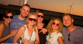 150822_sunset_boat_party_052