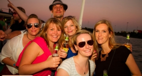 150822_sunset_boat_party_063