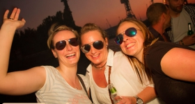 150822_sunset_boat_party_068