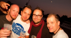 150822_sunset_boat_party_076