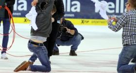 Hamburg Freezers vs. Nürnberg Ice Tigers (20.09.2015)