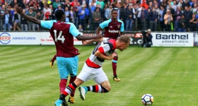Altona 93 vs. West Ham United (01.08.2017)