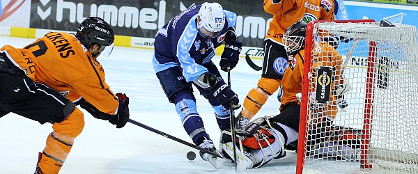 Hamburg Freezers vs. Grizzly Adams Wolfsburg
