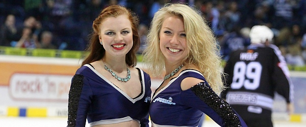 Hamburg Freezers vs. ERC Ingolstadt Playoff-Halbfinale Ice Girls