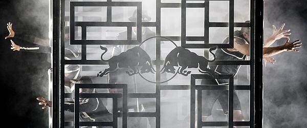 Red Bull Flying Illusion in Hamburg 2014