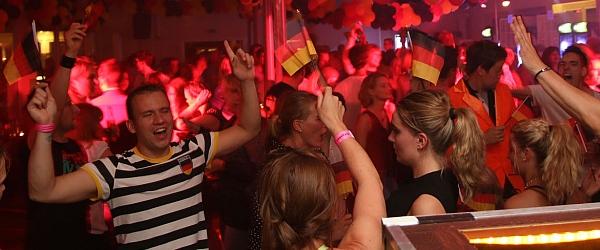 Schlagersahne WM Party 2014 Cafe Seeterrassen Hamburg