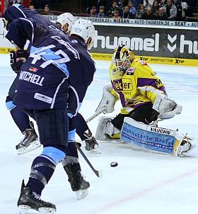 Hamburg Freezers Krefeld Pinguine Eishockey DEL 2014