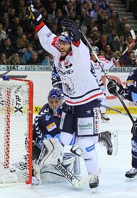 Hamburg Freezers Eisbären Berlin DEL Eishockey 2015