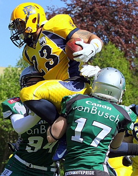 Elmshorn Fighting Pirates Bielefeld Bulldogs Football GFL 2015