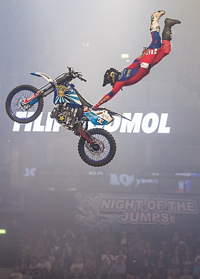 Night Jumps Freestyle Motocross FMX 2015 Hamburg