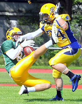 Elmshorn Fighting Pirates Cologne Crocodiles Football GFL 2015
