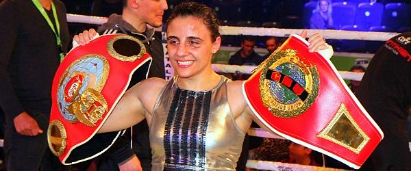 Susi Kentikian Susana Cruz Perez Boxen WM 2015