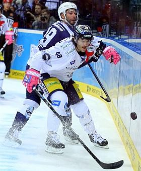 Hamburg Freezers Eisbären Berlin Eishockey DEL 2015