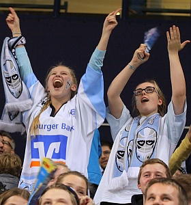 Hamburg Freezers Iserlohn Roosters Eishockey DEL 2015