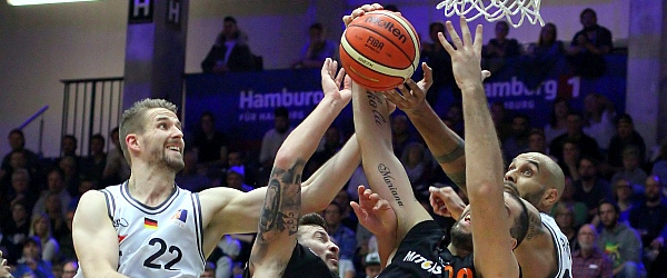 Hamburg Towers Mitteldeutscher Basketball Club MBC ProA 2016