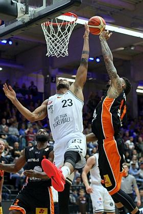 Hamburg Towers Mitteldeutscher Basketball Club MBC ProA 2016