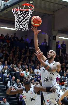 Hamburg Towers ETB Wohnbau Baskets Essen Basketball ProA 2016