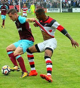Altona 93 Hamburg West Ham United Fussball 2017